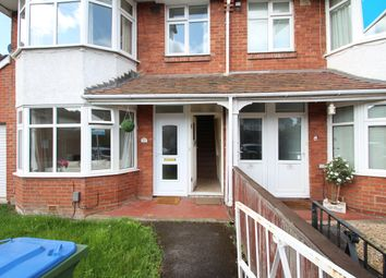 Thumbnail 2 bedroom flat for sale in Dawlish Avenue, Southampton