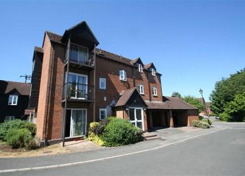 Thumbnail 1 bed flat to rent in Mill Lane, Newbury