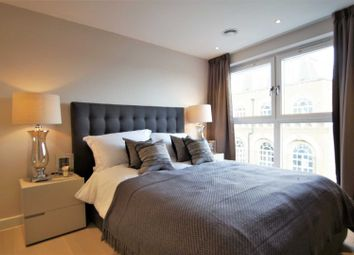 Thumbnail 1 bed flat to rent in Peabody Estate, Vauxhall Bridge Road, London