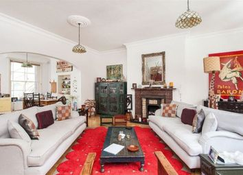 Thumbnail 4 bed flat to rent in Heath Street, Hampstead, London