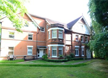 Thumbnail 3 bed flat for sale in Newlands House, Bath Road, Maidenhead