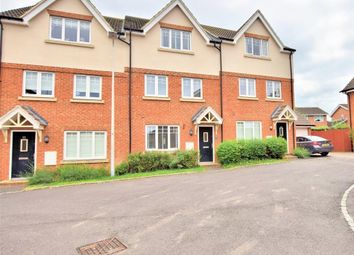 Thumbnail 4 bed town house for sale in Hilltop Gardens, Spencers Wood, Reading