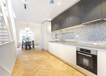 Thumbnail 3 bed flat to rent in Hatton Wall, London