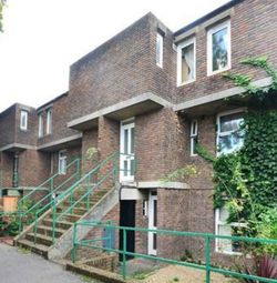 Thumbnail 4 bed flat to rent in Staveley Close, London