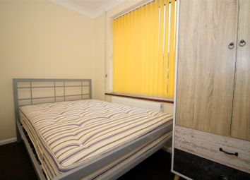 Thumbnail Room to rent in Milton Close, Norwich