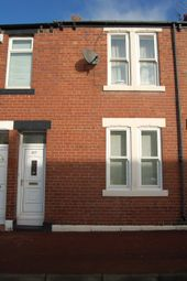 Thumbnail 3 bed flat to rent in Commercial Road, Byker