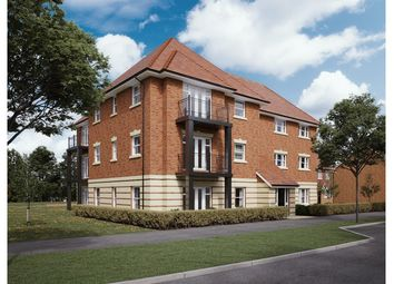 2 bed flat for sale in Fisher Court, Oak Avenue, Wokingham RG40