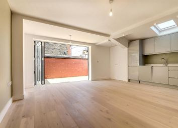 Thumbnail 3 bedroom flat for sale in Sellons Avenue, London