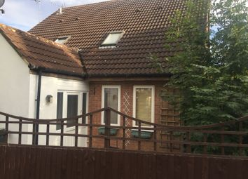 Thumbnail 1 bed terraced house to rent in Shingle Close, Luton