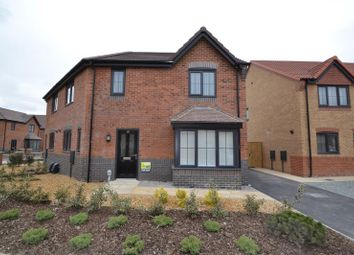 3 bed semi-detached house to rent in Parkfield Drive, Hull HU3