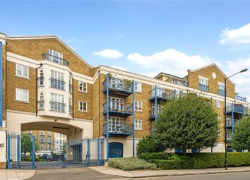 3 bed flat for sale in Victory Place, London E14