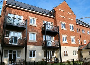 Thumbnail 2 bedroom flat to rent in Wharf Lane, Rickmansworth