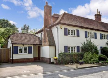 Lower Road, West Farleigh, Maidstone, Kent ME15. 4 bed semi-detached house