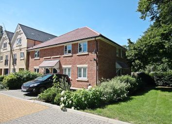 Thumbnail 2 bed flat to rent in Gleave Close, Southsea