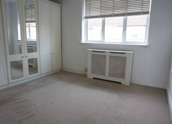 Thumbnail 1 bedroom flat to rent in Argyll Road, Grays