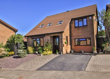 Thumbnail 4 bedroom detached house for sale in Heol Y Cadno, Thornhill, Cardiff