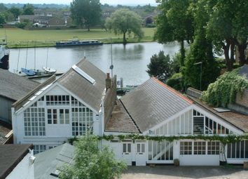 Thumbnail Commercial property to let in Thames Street, Hampton