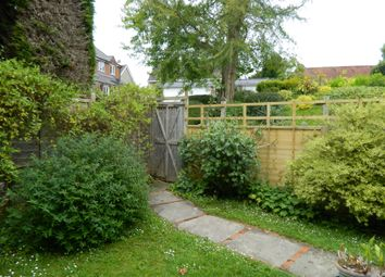 The Old Garden House, High Street, Tisbury SP3. 2 bed flat to rent