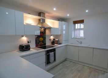 Thumbnail 1 bed flat to rent in 10 Wolverton Hse, A/E