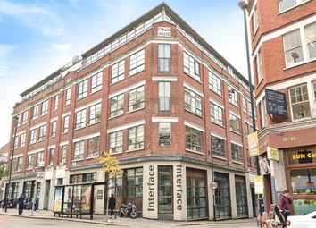 Thumbnail 3 bedroom flat to rent in Goswell Road, London