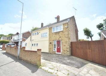 Thumbnail 5 bed detached house for sale in Bradgers Hill Road, Luton