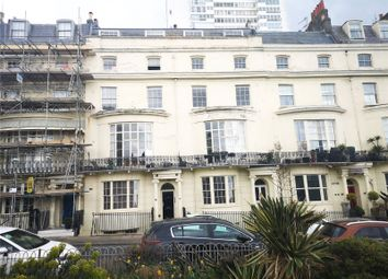 Regency Square, Brighton, East Sussex BN1. 2 bed flat for sale