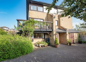 4 bed town house for sale in Adelphi Street, Campbell Park, Milton Keynes MK9