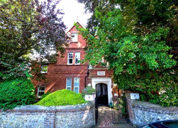 Thumbnail 2 bed flat to rent in Arundel Road, Eastbourne