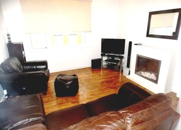 Thumbnail 2 bed flat to rent in 101 Blackwall Way, London