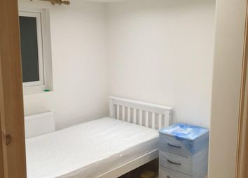 Thumbnail Room to rent in Chedwellheath, Romford