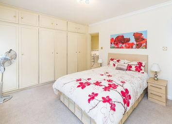 Thumbnail 1 bed flat to rent in Reeves Mews, Mayfair