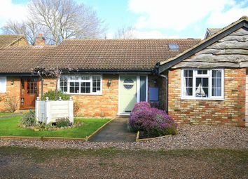 Thumbnail 3 bed property for sale in Heather Mead, Edlesborough, Buckinghamshire