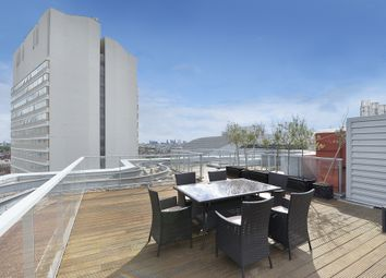Thumbnail 4 bed flat to rent in Merchant Square, London