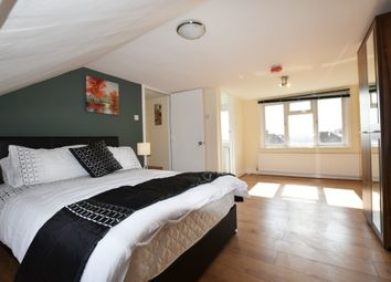Thumbnail 5 bed shared accommodation to rent in Clifford Road, Hounslow, Middlesex, London