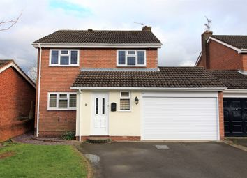 Thumbnail 5 bed detached house for sale in Kempsford Close, Redditch