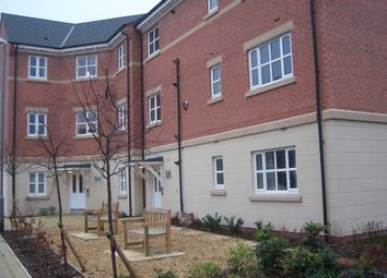 2 bed flat to rent in Kniveton Close, City Centre DE22