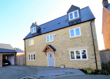 Thumbnail 5 bed detached house for sale in Field View, Roade, Northampton
