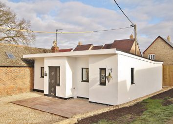 North Leigh, New Yatt Road, The Chalet OX29. 2 bed detached bungalow for sale