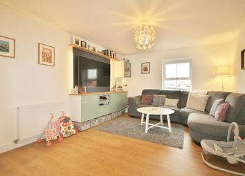 Thumbnail 2 bed flat for sale in Smith Court, Wallingford