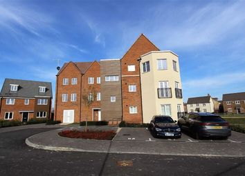 Thumbnail 2 bedroom flat for sale in Whinchat Gardens, Leighton Buzzard