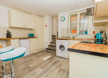 17 Tower Hamlets Road, Dover CT17. Room to rent
