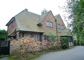 Thumbnail 4 bedroom property to rent in Golf Club Road, Hook Heath, Woking