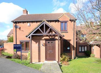 Thumbnail 4 bedroom detached house to rent in Westcotts Green, Warfield, Bracknell