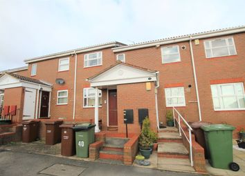 2 bed flat to rent in Belfry Court, Outwood, Wakefield WF1