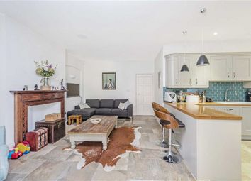 3 bed property for sale in Hill House Road, London SW16