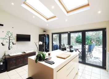 Thumbnail 4 bed property to rent in Ravenslea Road, Balham