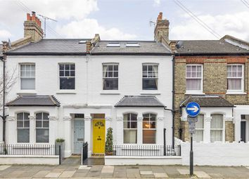 Thumbnail 5 bed property to rent in Rainville Road, London