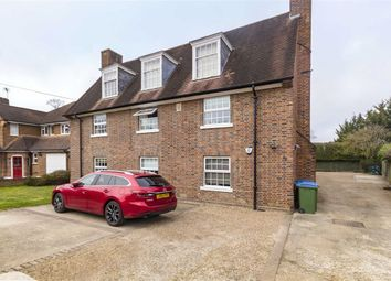 Thumbnail 3 bedroom flat to rent in Avondale Avenue, Esher