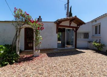 Thumbnail 3 bed property for sale in Migron, Charente-Maritime, France