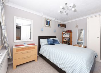 Thumbnail Room to rent in Vale Road, Gravesend